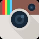 Følg os på Facebook / Instagram